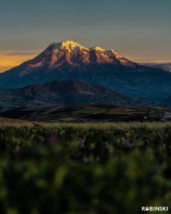 volcan chimborazo al amanacer